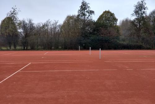 outdoor tennisterreinen